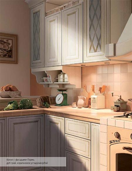 кухня с коричневыми фасадами